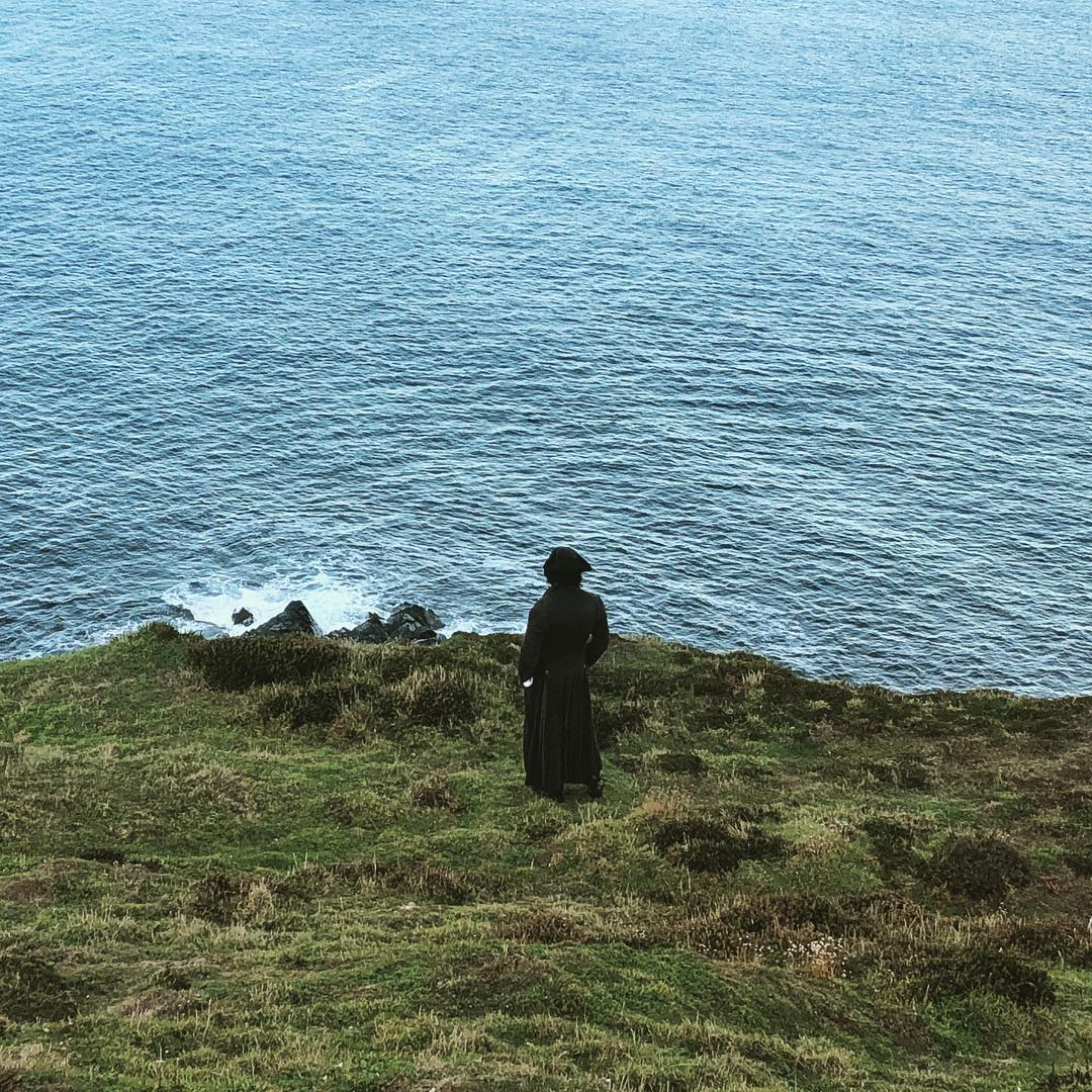 Eleanor Tomlinson Aidan Turner Cliff Staring